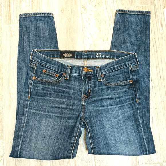 2/$30 J Crew Toothpick Jeans 27 Ankle